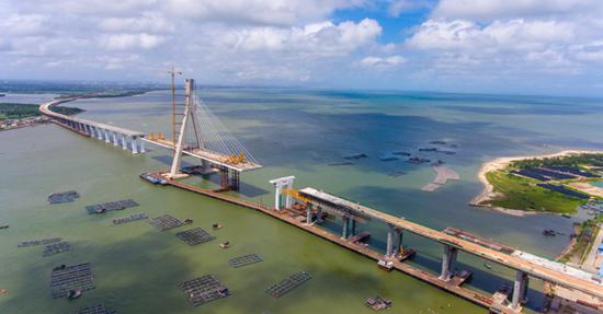China's strongest earthquake-resistant bridge to be completed this year